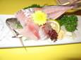 平井食堂のアジの刺身