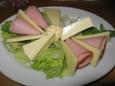 チーズ(300円)