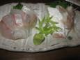 天然カンパチ刺身(480円)、しめ小鯛(380円)