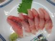 イサキ刺身(350円)
