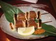 東鮨のマグロの砂ずり串