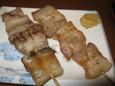 豚肉の串焼(250円)